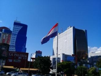 Bandeira do Paraguay. Photo by: Lucas Rocha